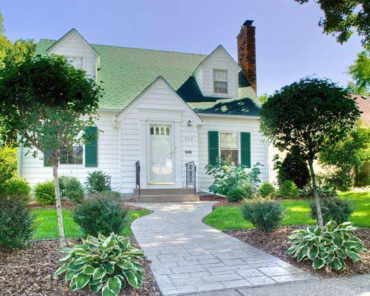 Painting Improves Curb Appeal for Twin Cities Homes