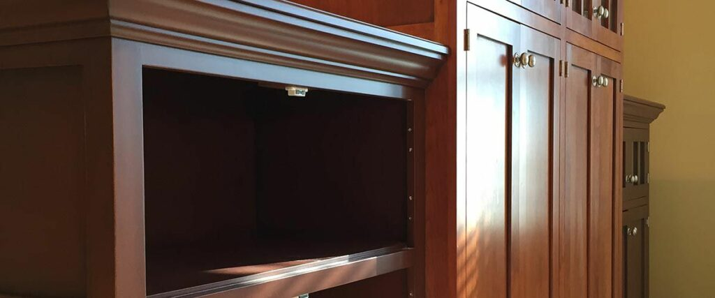 The skilled process of preparing kitchen cabinets for refinishing